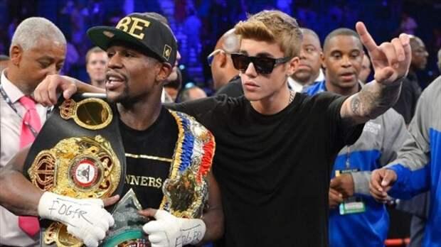 8 фактов о непобедимом боксере Флойде Мейвезере. Он возвращается на ринг