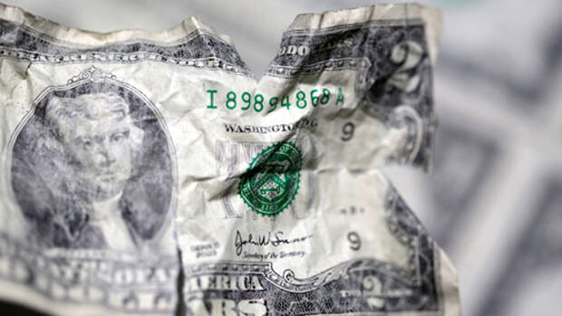 Доллар против США