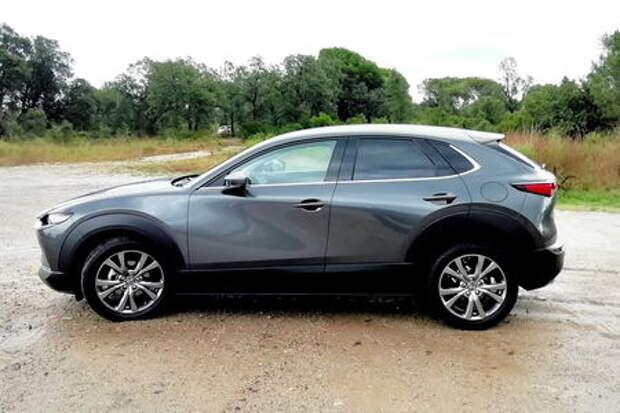 Еще один SUV: компактный Mazda CX-30 с X-мотором!