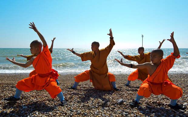 Шаолиньские монахи