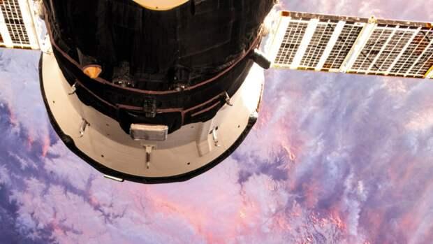 В Роскосмосе сообщили о прибытии экипажей корабля «Союз МС-19» на Байконур