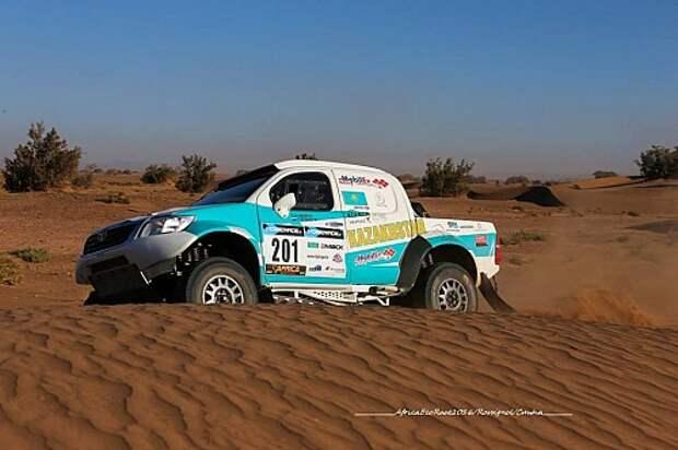 Канат Шагиров / Виталий Евтехов (MOBILEX RACING TEAM, №201, Toyota Hilux)