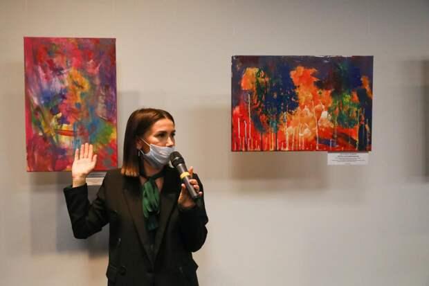 Фонд «Время РАСсвета» выставил на продажу картины детей с аутизмом