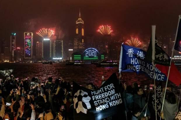 10 потрясных фото празднования Нового года по всему миру