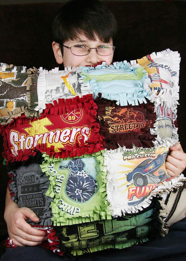 Tshirt-Rag-Quilt-Pillow-7_product_main (498x700, 143Kb)