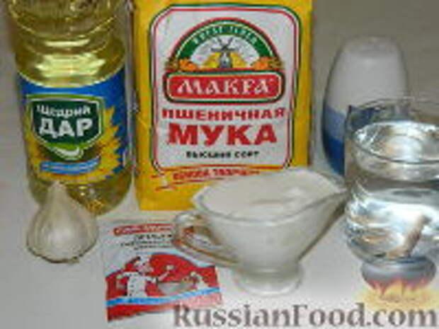 Фото приготовления рецепта: Лангош - венгерская лепешка - шаг №1