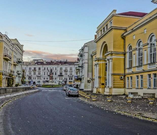 Начинай сначала: Украина объявила очередную выслылку - теперь консула РФ в Одессе