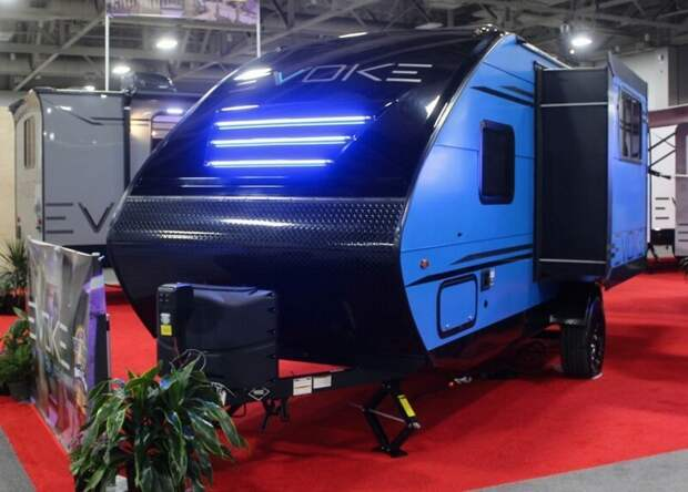 Еще один фееричный кемпер Evoke-2020 от Travel Lite RV авто, дома на колесах, кемпинг, отдых, прицепы, трейлер, трейлеры, фото