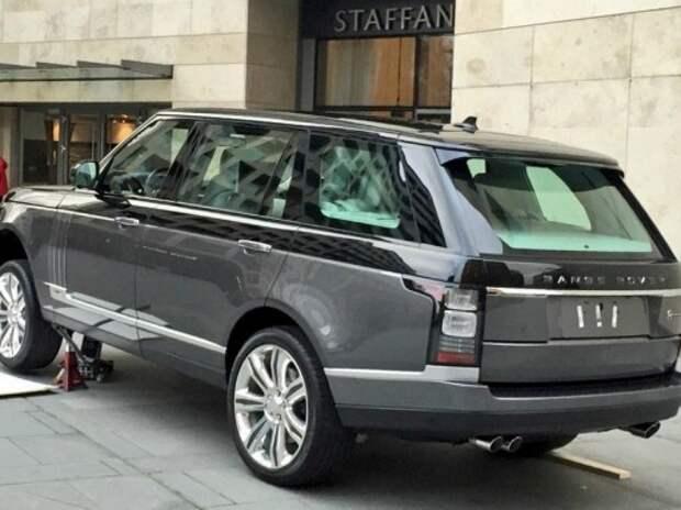 В Нью-Йорке дебютирует самый дорогой и роскошный Range Rover