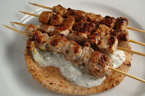 Сувлаки (Средиземное море) в мире, еда, шашлык