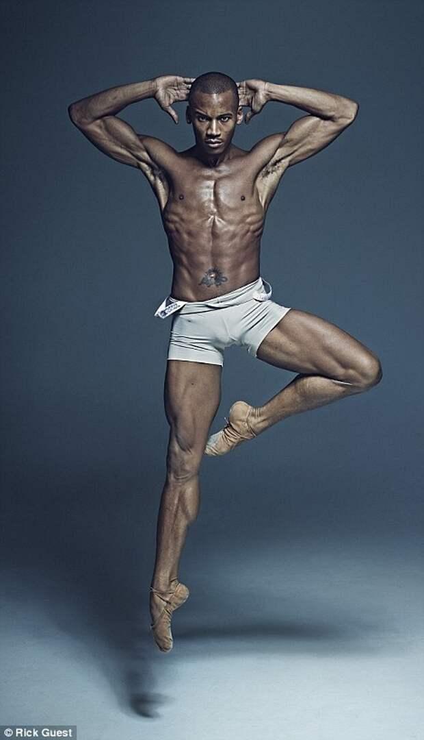 Танцоры балета в фотографиях