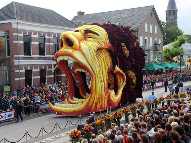 Цветочный парад, в честь Винсента Ван Гога