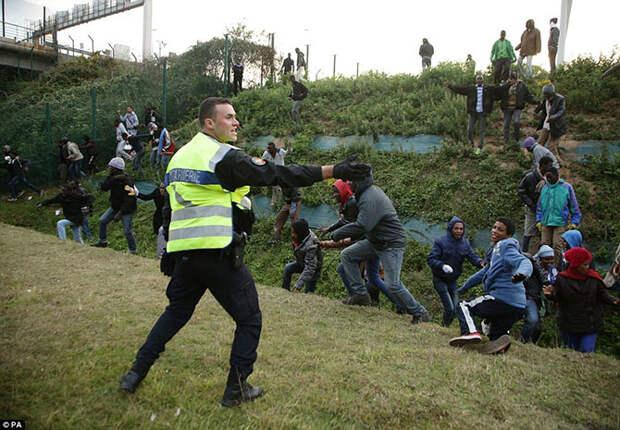 Как мигранты пересекают границы государств
