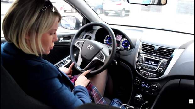 Освойте хитрости экономного вождения. /Фото: i.ytimg.com