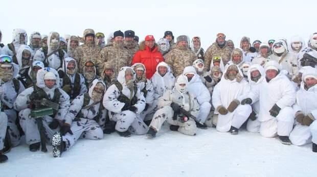 Арктический прикол русских военных над американцами!