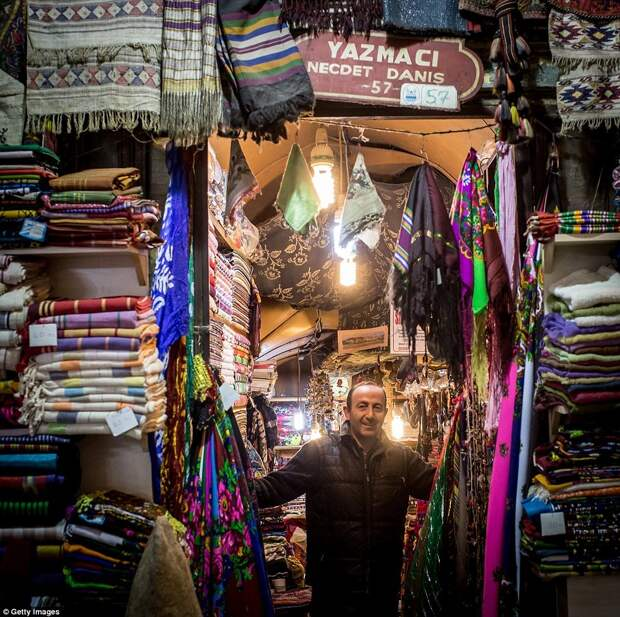 Пестрые краски Гранд Базара в Стамбуле