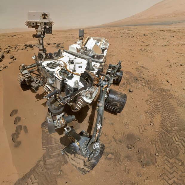 Марсоход «Кьюриосити» проиграл песню «Happy Birthday» на Марсе в рамках празднования одного года пребывания на Красной планете. (NASA/JPL-Caltech/Malin Space Science Systems)