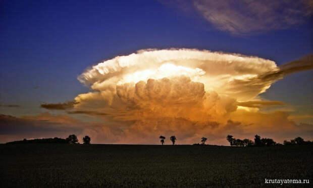 Грозовые облака