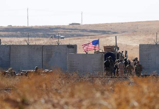 EADaily: Американский штаб в Сирии, захвативший нефтяное месторождение, накрыло ракетным ударом