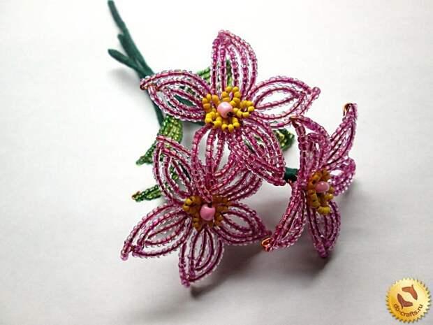 Лилии из бисера 30