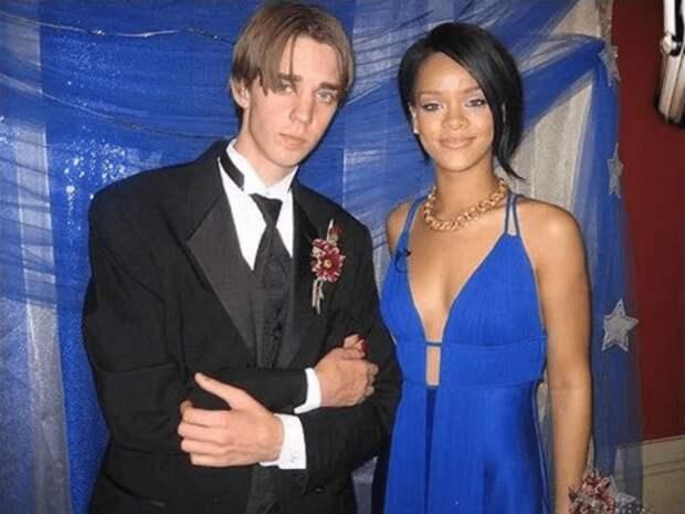 Фотографии знаменитостей в молодости, сделанные на их выпускном вечере