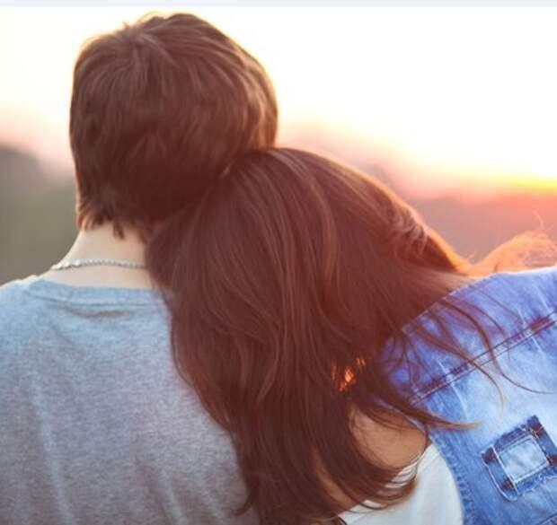 Дружба между мужчиной и женщиной: 10 признаков обмана