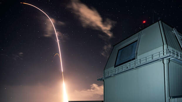 США начали установку системы ПРО Aegis Ashore в Польше