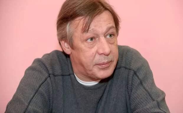 Михаила Ефремова этапировали в колонию