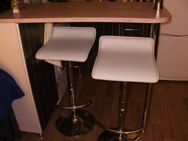 Барные стулья из Леруа