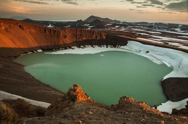 17. Озеро Эскьюван, Исландия в мире, озеро, природа