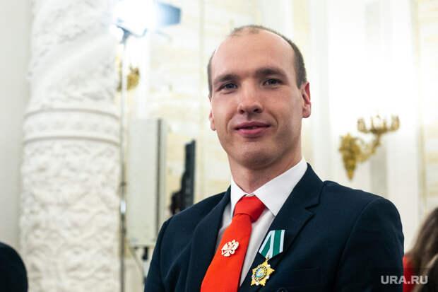 Паралимпийский чемпион Асташов вернулся вЕкатеринбург