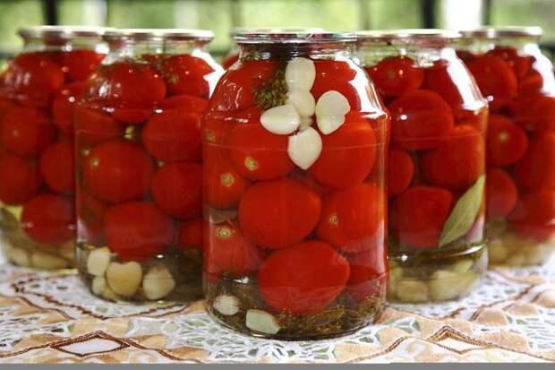 Маринованные помидорки вкусно, еда