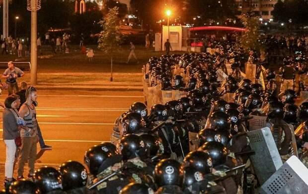 Игорь Стрелков откровенно о ситуации в Белоруссии после выборов, о массовых протестах.