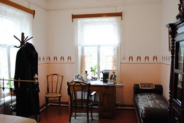 Комната Бориса Пастернака в Чистополе