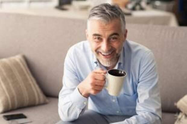 Спасает от простуды, влияет на потенцию? Врач — о пользе и вреде чая