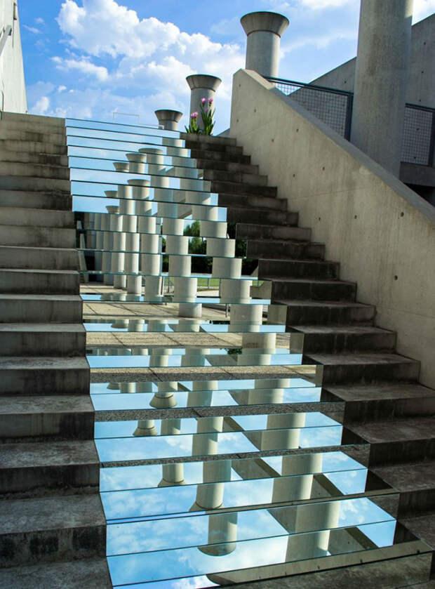 Инсталляции из зеркал