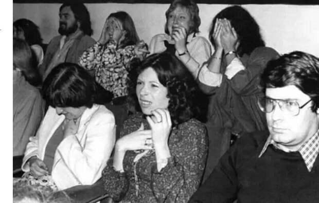 """Реакция зрителей на появление мерзопакостного грудолома в фильме Ридли Скотта """"Чужой"""", 1979. Тестовый просмотр."""