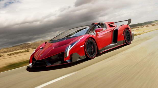 Cover-Lamborghini-Veneno-Roadster