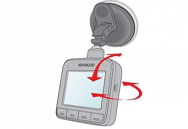 При помощи шарикового коленца можно отрегулировать угол съемки, правда, в машинах с более вертикальной посадкой стекол могут быть проблемы - устройство отказывается доворачиваться вверх, уперевшись в ограничитель.