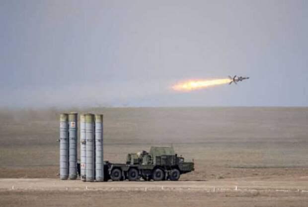 Азербайджанский ЗРК С-300 сбил в небе над Карабахом неизвестно что