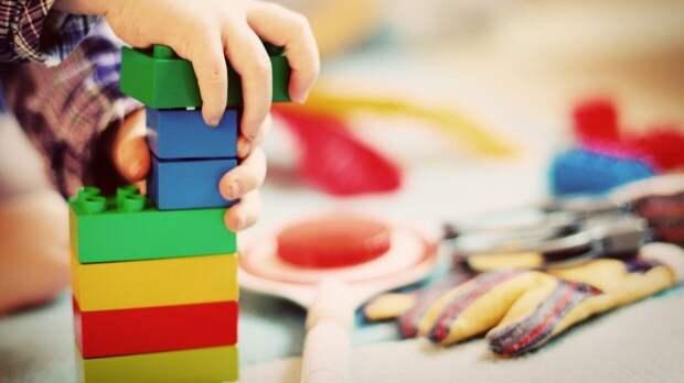 Мать девочки обвинила директора детсада в избиении ее ребенка в Приморье
