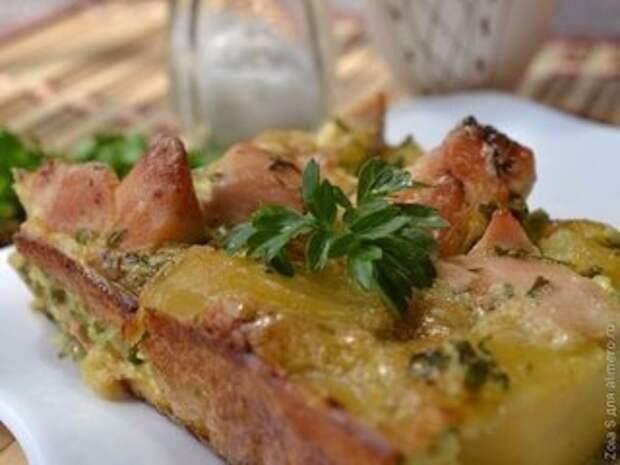 Надоело готовить просто курицу? Попробуйте что-то новенькое — картофельная запеканка с курицей!