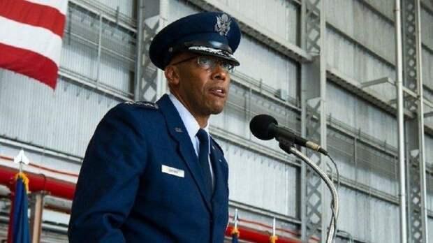 Новый командующий ВВС США призвал готовиться к войне, подобной Второй мировой