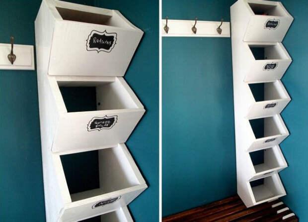 Отличное решение для крошечной прихожей – открытая вешалка, совмещённая с полочками для головных уборов и обуви