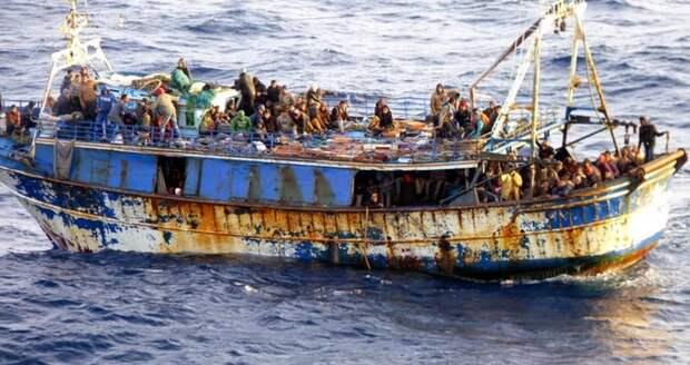 Что должен делать ЕС с беженцами, которые массово едут в Европу?