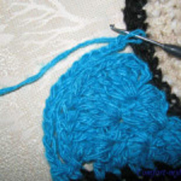 Оригинальный вязаный коврик (5)
