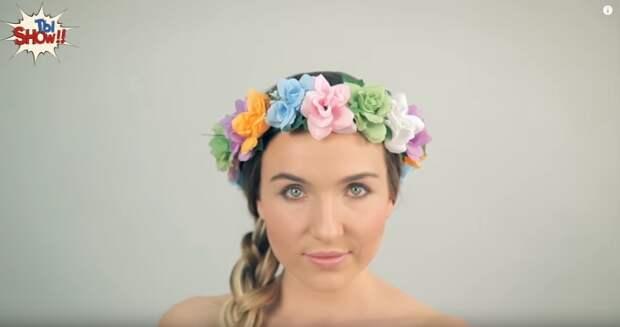 В первые десятилетия двадцатого столетия украинки любили носить венки из цветов.