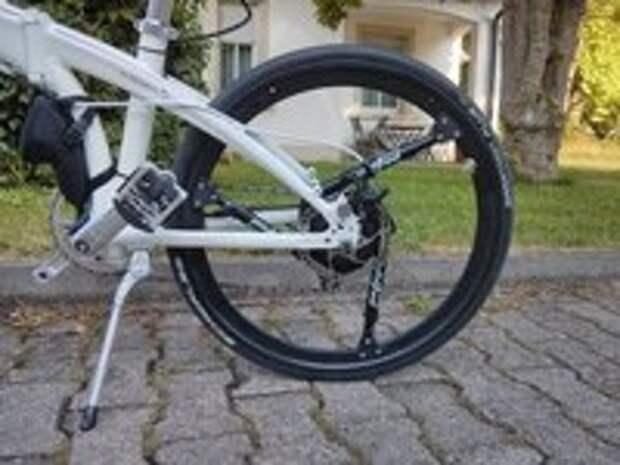 Создано колесо со встроенной подвеской
