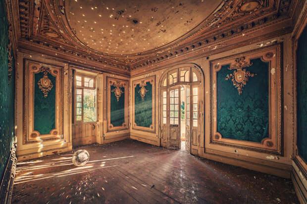 Великолепие заброшенных мест в работах немецкого фотографа