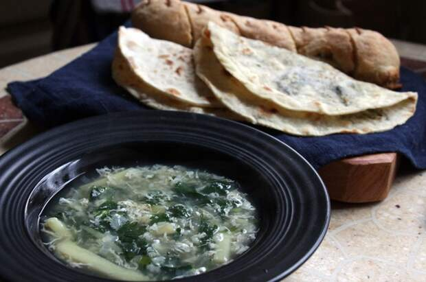 Готовим по-весеннему: три рецепта блюд из крапивы
